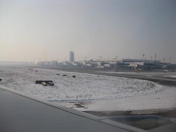 空港ターミナル.jpg